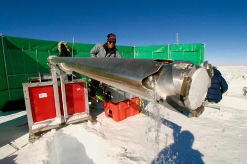 科学家发现具有270万年历史冰芯 或揭冰川时期成因