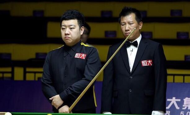 中锦赛:李行遇黑马阻击 墨菲和卡特争决赛权