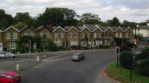 在伦敦买房不住也不租 房产中介:大部分买家来自中国