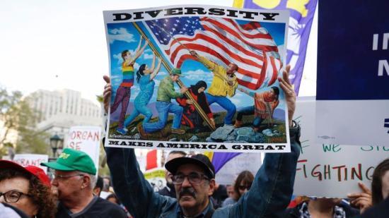 特朗普签署新旅行禁令 将限制8国公民入境