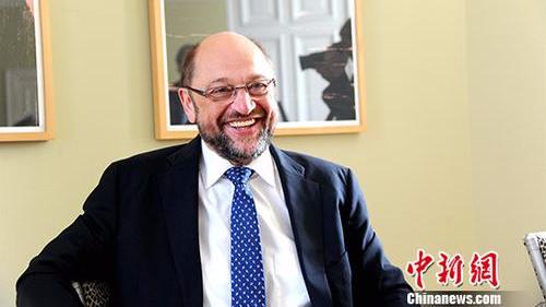 德大选:舒尔茨欲再来一次电视辩论 遭默克尔拒绝