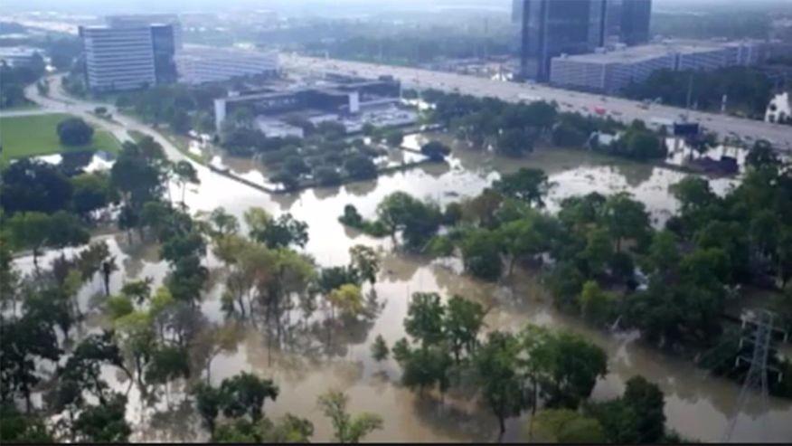 飓风轮番肆虐美国 无人机辅助救援大显身手