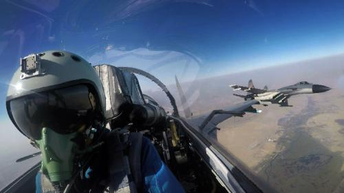 真打实抗 中巴空军开展进攻性空对地作战训练