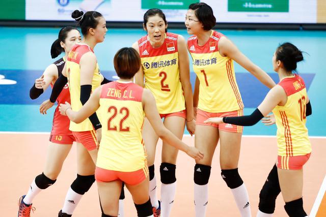 世锦赛资格赛:中国女排争门票 两小将待考察