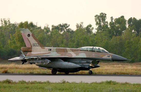 以色列发射火箭袭击大马士革机场 叙军强硬回击