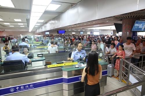 澳门超级黄金周入境旅客92万多人次 内地旅客居多