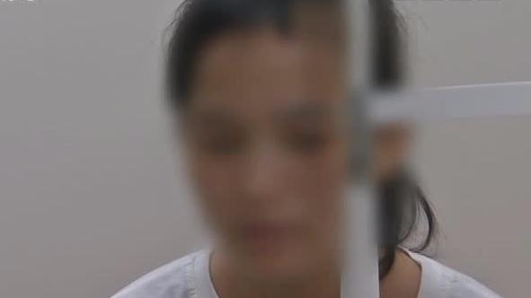 东莞女子假期连续玩近8小时手游后突发右眼失明