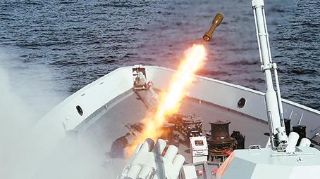 海军东海舰队某基地官兵学习热议十九大报告见闻