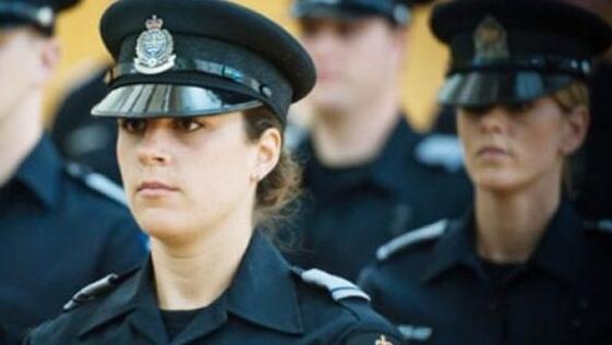 170厘米才能当警察!女学生身高不达标被拒