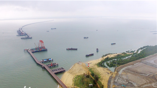 广东湛江东海岛特大桥开建 预计2019年12月建成