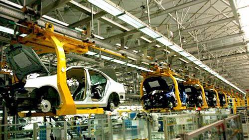 """汽车产业迎来全球性变革转型 中外车企加速推进""""未来汽车""""业务"""