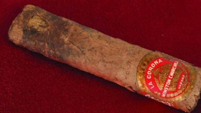 丘吉尔1947年抽剩半支雪茄 网上1.2万美元售出