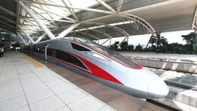 复兴号三条线路已发送旅客逾300万人次