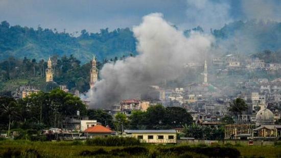 菲律宾军方称马拉维战事即将结束 逾千人死亡