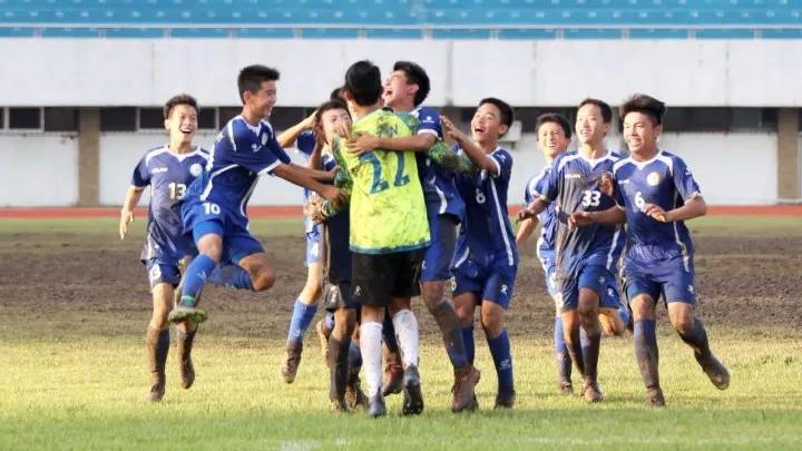 """广东""""省长杯""""青少年足球联赛竞技组鸣金"""