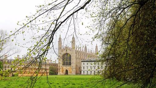 外媒:英国52岁流浪汉被剑桥大学录取 主修英国文学