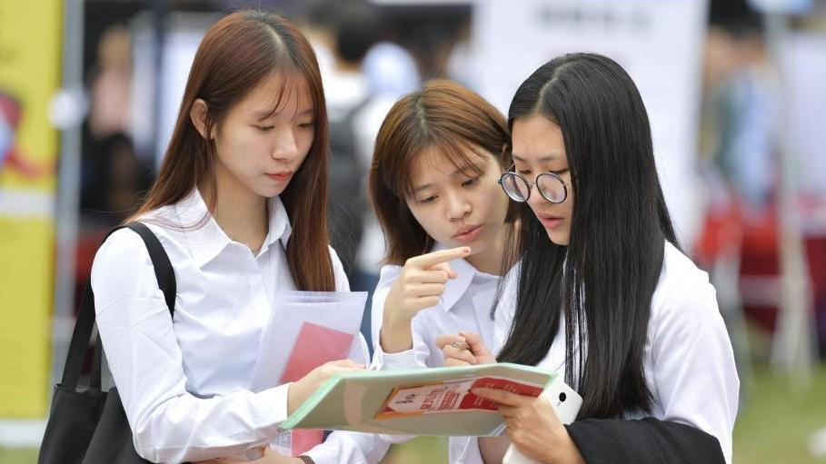 广东2018届高校毕业生供需见面会 千家企业参会