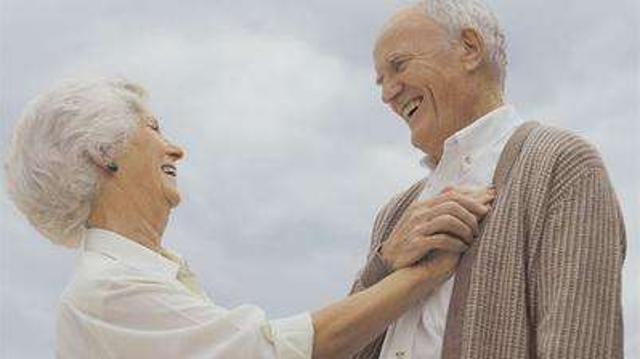 希腊长寿村三分之一人口超90岁 秘诀是快乐