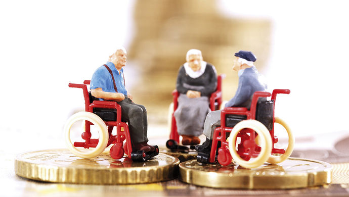 广州近2000老人享长护险 申请通过率达85%