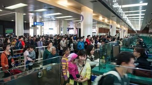 新西兰对中国游客实施自助通关,10秒即可!