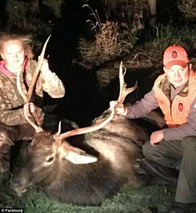 美国14岁少女猎手误杀麋鹿遭网友恐吓