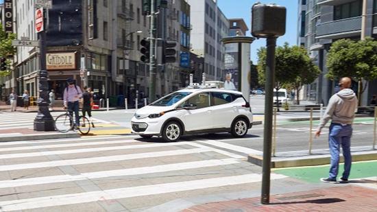 通用汽车挑战特斯拉 承诺推出能盈利的电动汽车