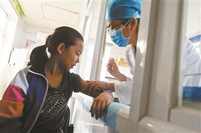 北京市宫颈癌疫苗开始接种 接种第一针要满9周岁
