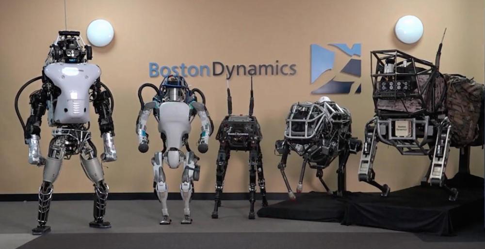机器公民还是公敌?这些机器人已准备好取代人类