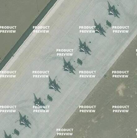 停机坪上的歼-10战斗机