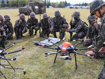 """战场改变者:韩陆军将成立""""无人机机器人战斗团"""""""