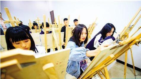 今年广东中职毕业生平均起薪2994元