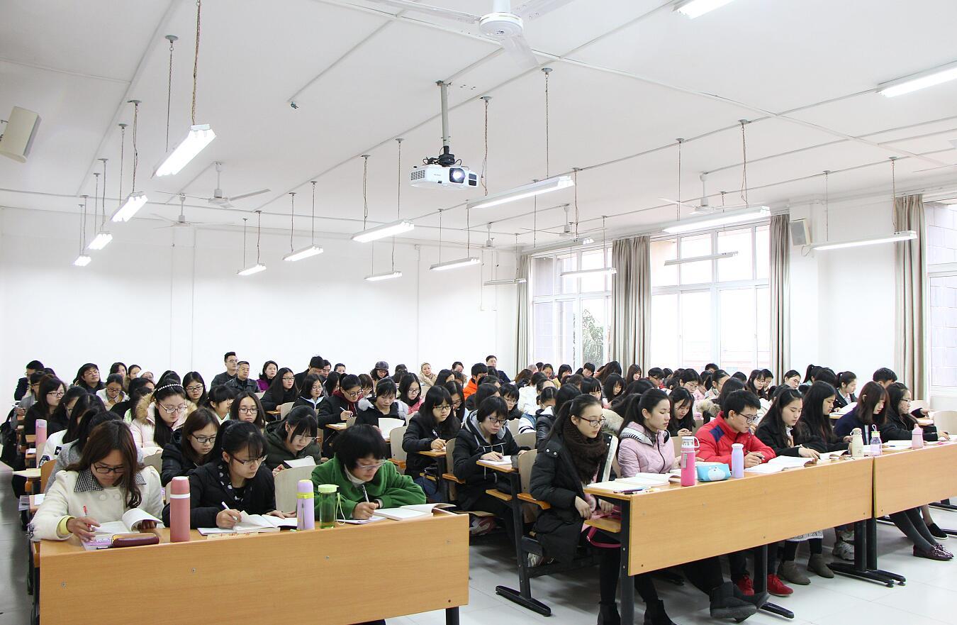 教育部调研显示:86.6%受访学生喜欢上思政课