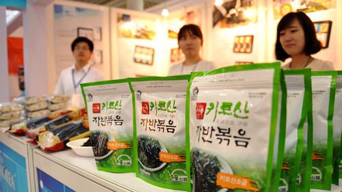 韩媒称中韩关系回暖鼓舞韩零食企业:盼在华掀
