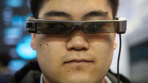 中国AI行业就业形势火爆 人才需求量涨三倍
