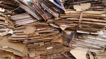 """回收纸价格坐""""过山车"""" 行业或面临整合"""
