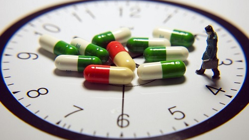 """我国拟对临床急需药品上市再开""""新绿色通道"""""""