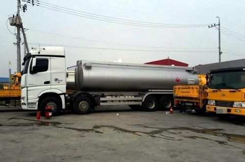 韩国平泽一油罐车爆炸:发出巨响 致1死1伤