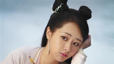 """杨紫:与其去争,更想做娱乐圈的""""吃瓜群众"""""""