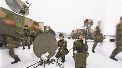 """火箭军某通信团野战机动演练掠影 风雪战场""""顺风耳"""""""