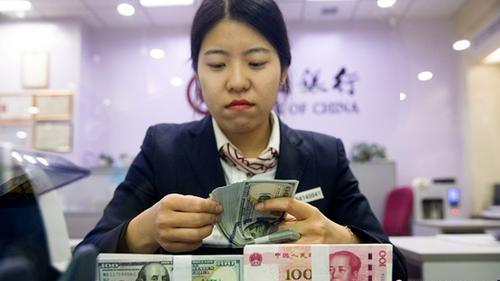 截至2017年12月末中国外汇储备余额达31399亿美元