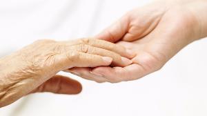 大多数老人去世前需要特殊照护 临终关怀仍缺位