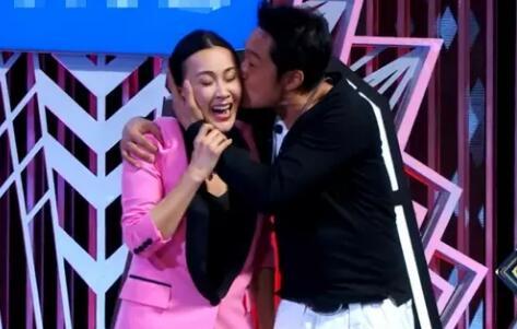 强吻刘嘉玲遭吐槽 马景涛致歉:不小心过了火