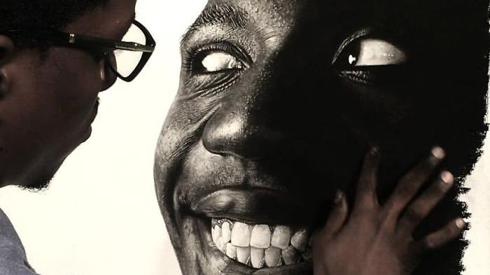 尼日利亚艺术家用一根铅笔画出超逼真画像!