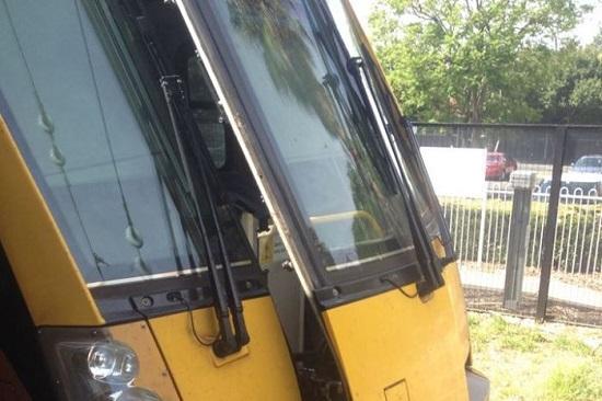 悉尼火车撞击缓冲器致16人受伤
