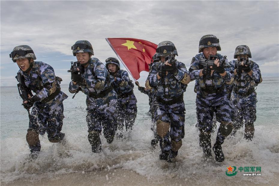 这里碧海蓝天永不迷航 这里军事训练似唯美大片