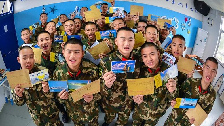 边防新兵写家信传递思乡浓情 表达春节守护一方平安的决心