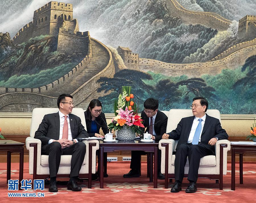 张德江会见蒙古国家大呼拉尔副主席恩赫阿木格楞