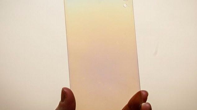 全球首款钻石屏手机!预计明年发布:再也不怕碎屏