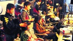 """外卖、理发等生活服务纷纷涨价 出现""""春节价格"""""""