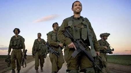以军轰炸加沙地带致2人死亡